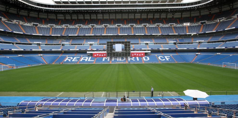 El Bernabéu cumple 70 años con la vista puesta en el futuro