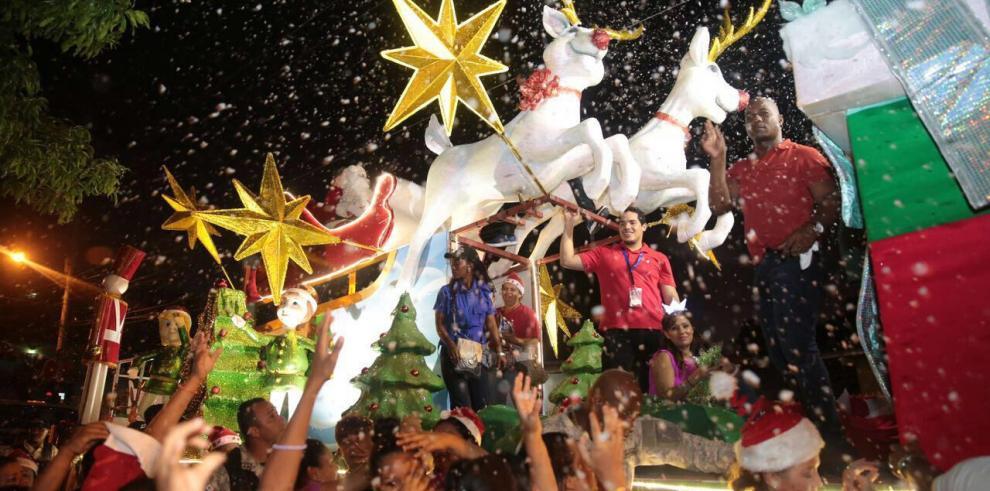 """Todo listo para el desfile """"Jesús es la Navidad"""" en San Miguelito"""