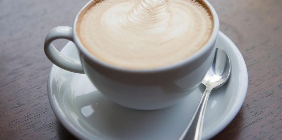 Entre más café menos riesgo de morir del corazón