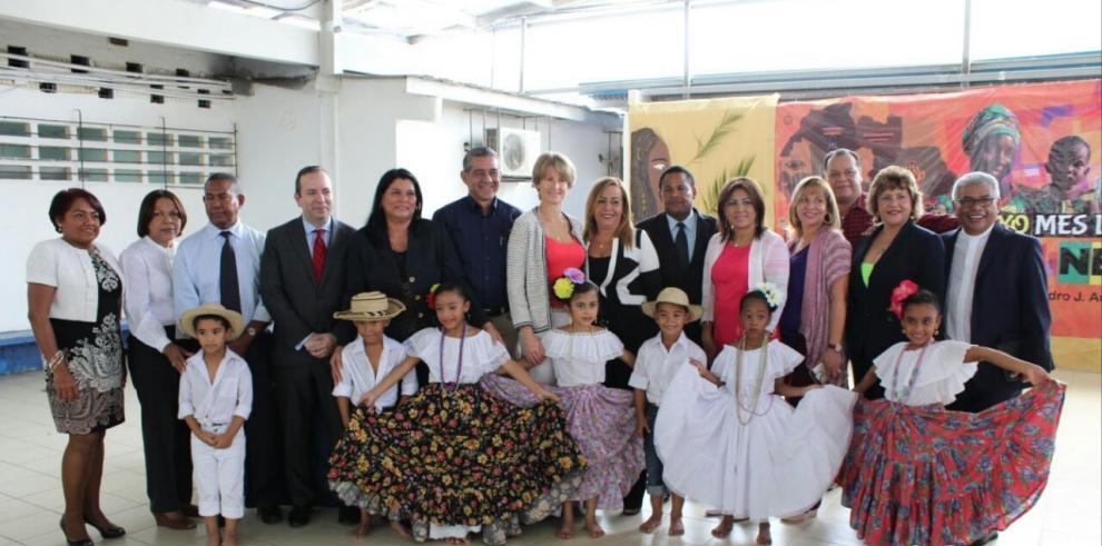 Plan de RSE de Banco Ficohsa beneficia a más de 700 estudiantes de San Miguelito