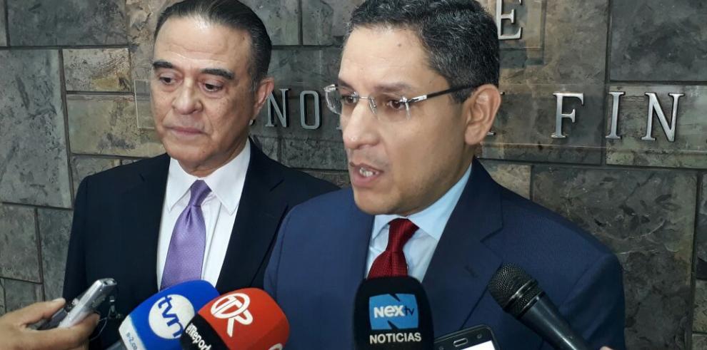 'Sanción de EEUU atenta contra la dignidad nacional', Quirós