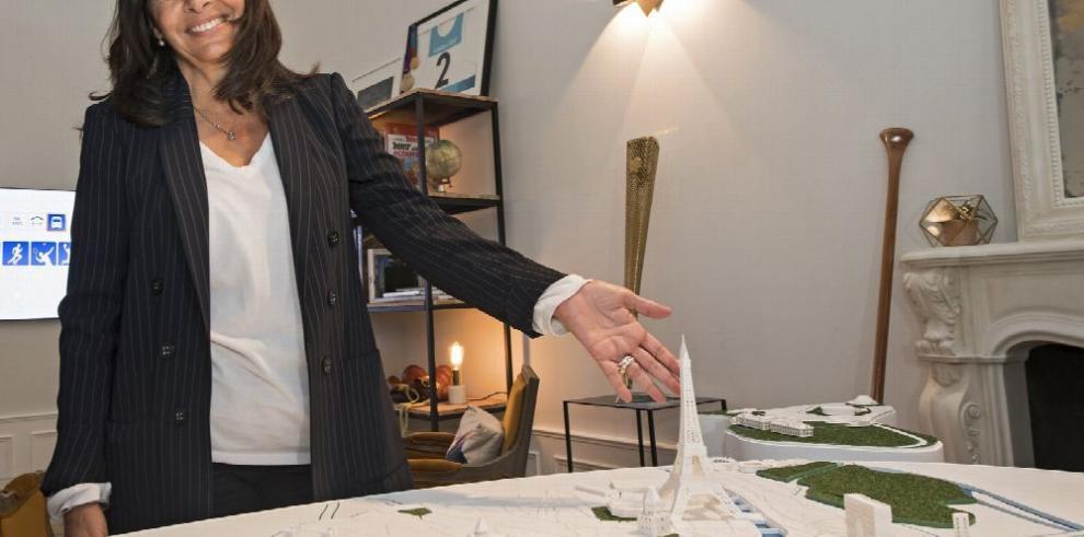 Alcaldesa de París confía en lograr acuerdo sobre sedes