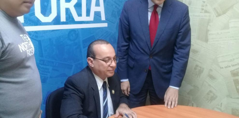 Rector de la Universidad de Panamá se solidariza con GESE