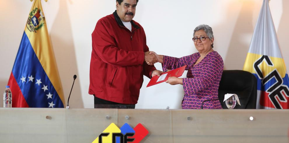 Maduro dice que oposición venezolana tiene