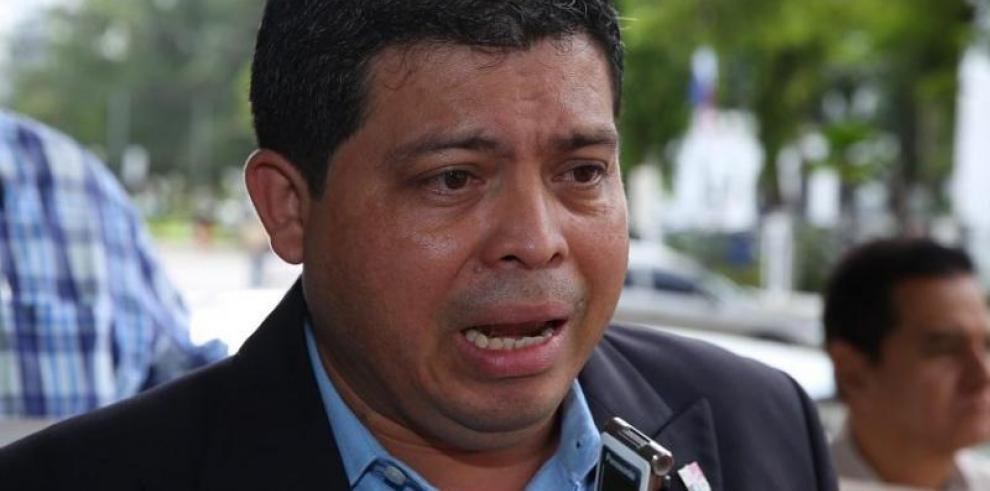 La FIP pide justicia para periodista panameño
