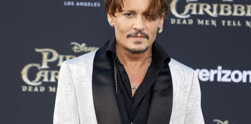 Depp y Bardem serán monstruos de Universal