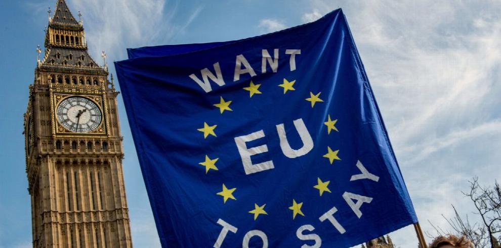 Reino Unido inicia su salida de la UE