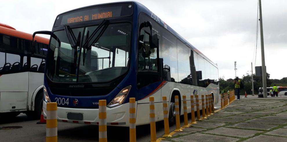 MiBus trae nuevos buses y planea mejorar frecuencia de paso entre unidades