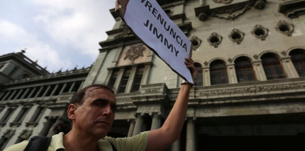 Guatemantecos protestan contra la corrupción