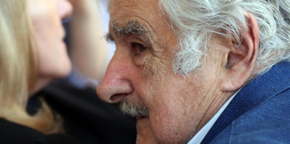 Mujica asegura conmovido que Viglietti sembró utopía por una humanidad mejor