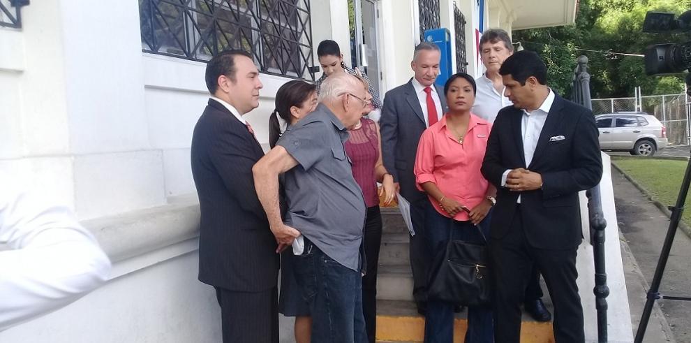 Residentes de Coco del Mar son demandados por $5 millones