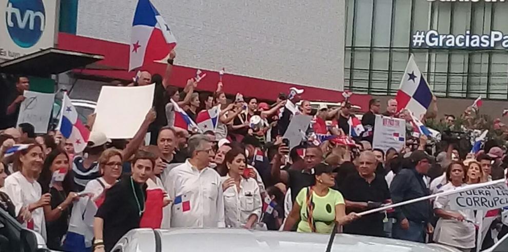 Panameños protestan contra la corrupción y la impunidad