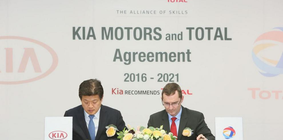 Kia Motors y Lubricantes Total renuevan acuerdo de cooperación