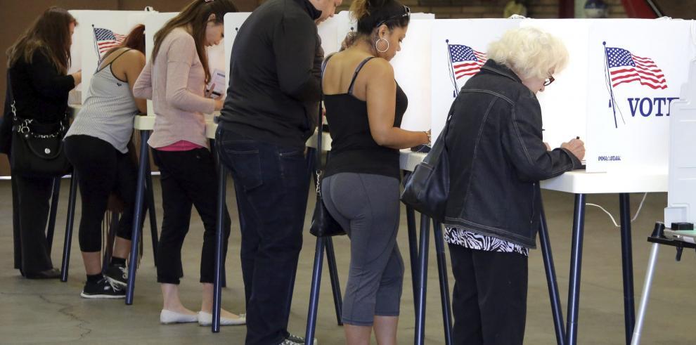 Las elecciones en un país con seis husos horarios