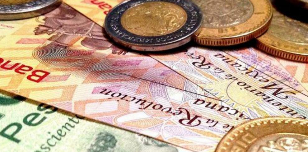 El peso mexicano cae con fuerza a medida que Trump avanza