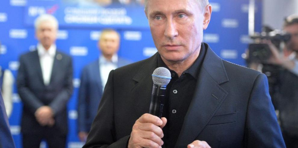 Putin anuncia victoria en elecciones parlamentarias