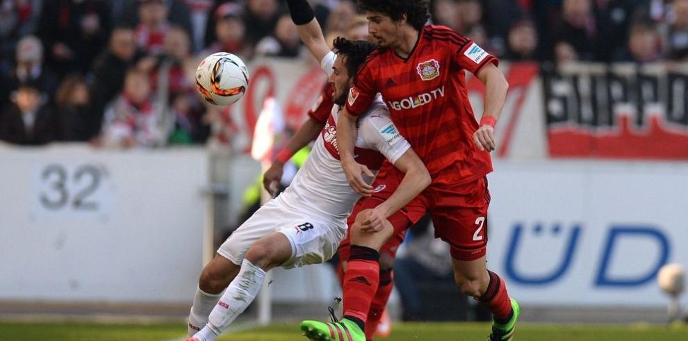 Leverkusen despierta