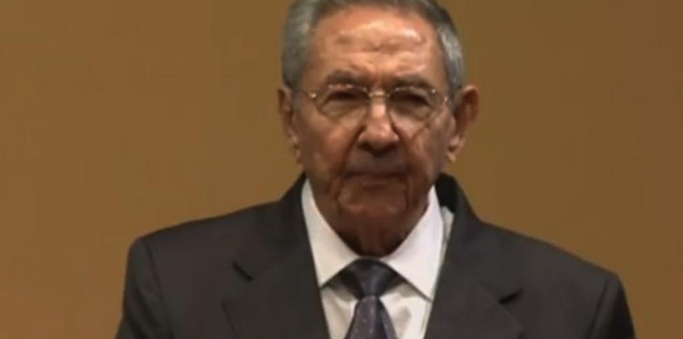 Castro retó a que le den la lista de presos políticos para soltarlos