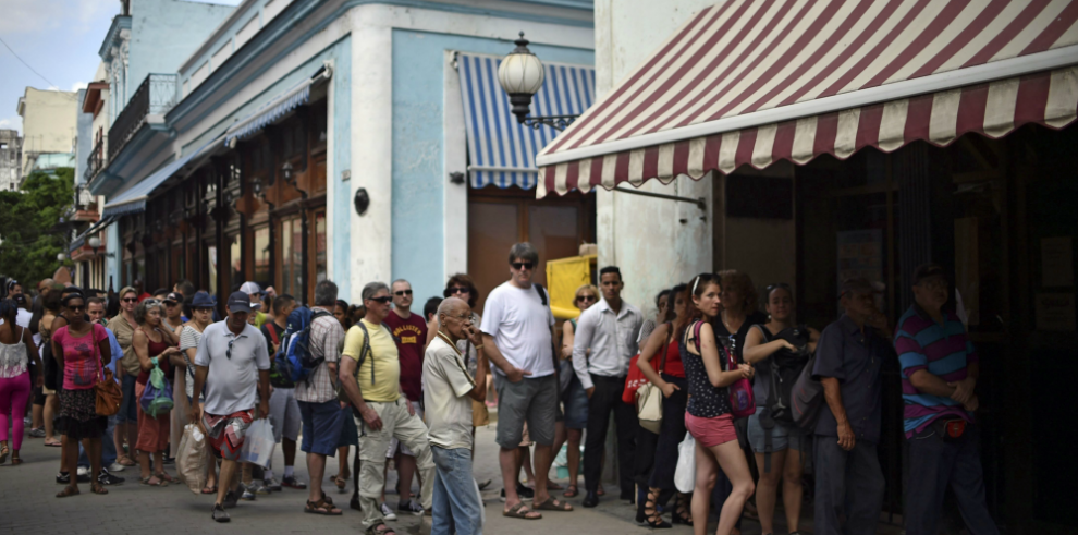 Clientes de todo el mundo podrán enviar remesas a Cuba