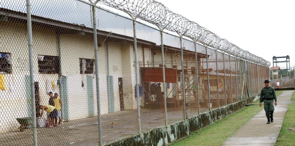 Autoridades investigan evasión de 3 sujetos en La Joyita