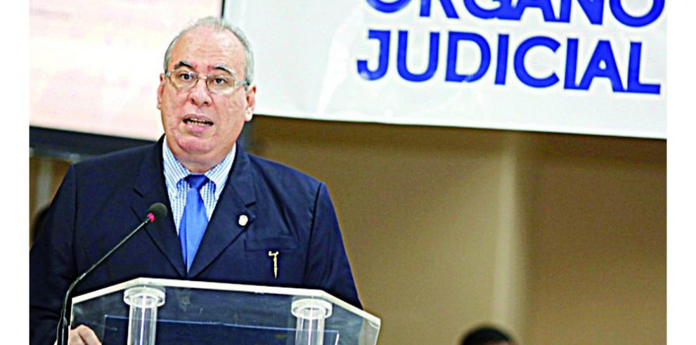 Frente pide la salida de José Ayú Prado