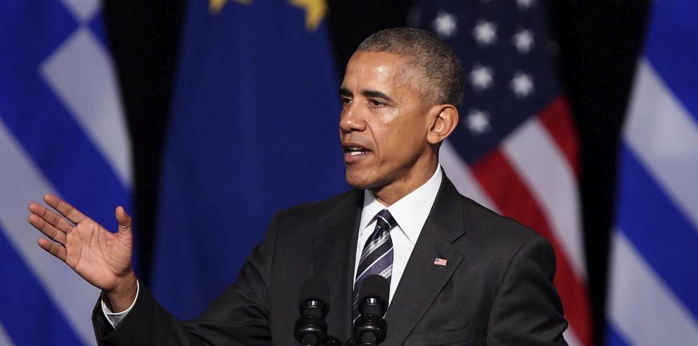 Obama ensalza los valores de la democracia y pide servir al pueblo