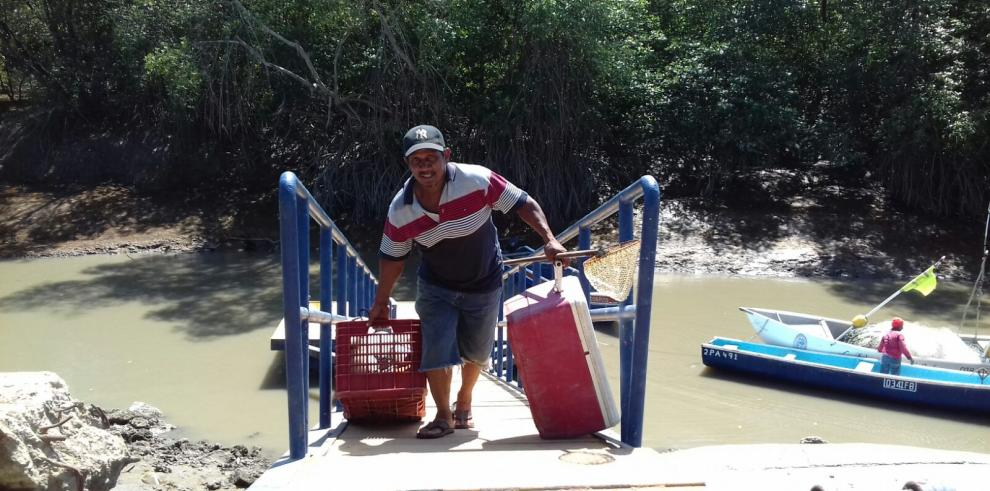 Condiciones ambientales afectan a pescadores artesanales de Aguadulce