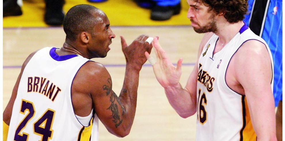 Bryant defiende a Gasol en Los Ángeles