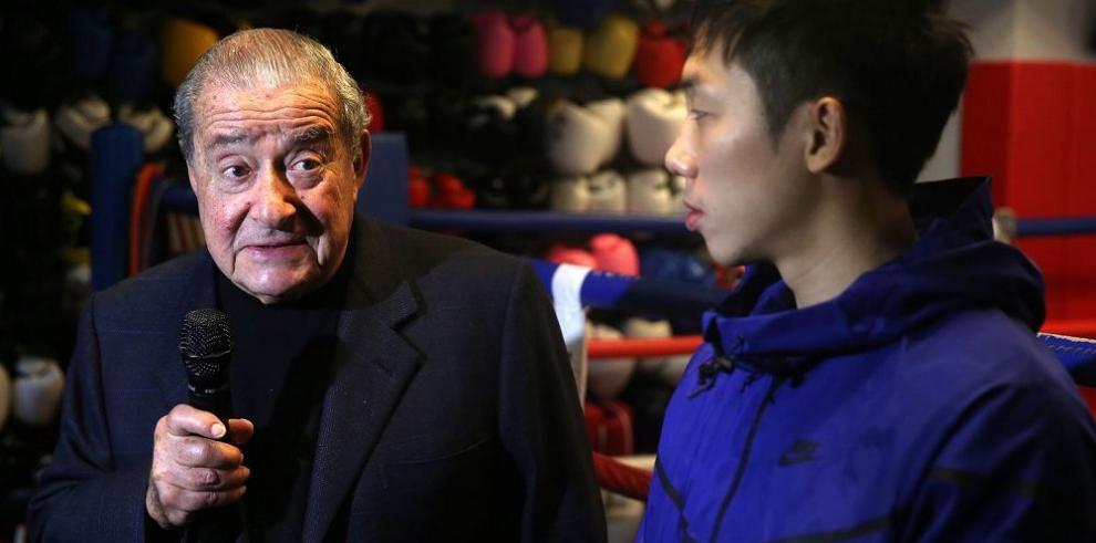 Bob Arum cree que Pacquiao debe reconsiderar su retirada del boxeo
