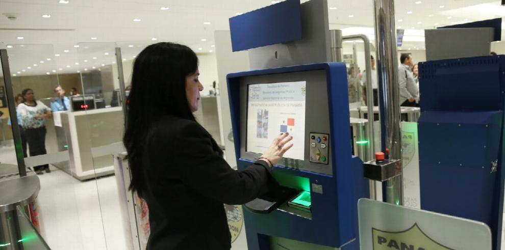 Arranca sistema 'Fast Pass' en el aeropuerto