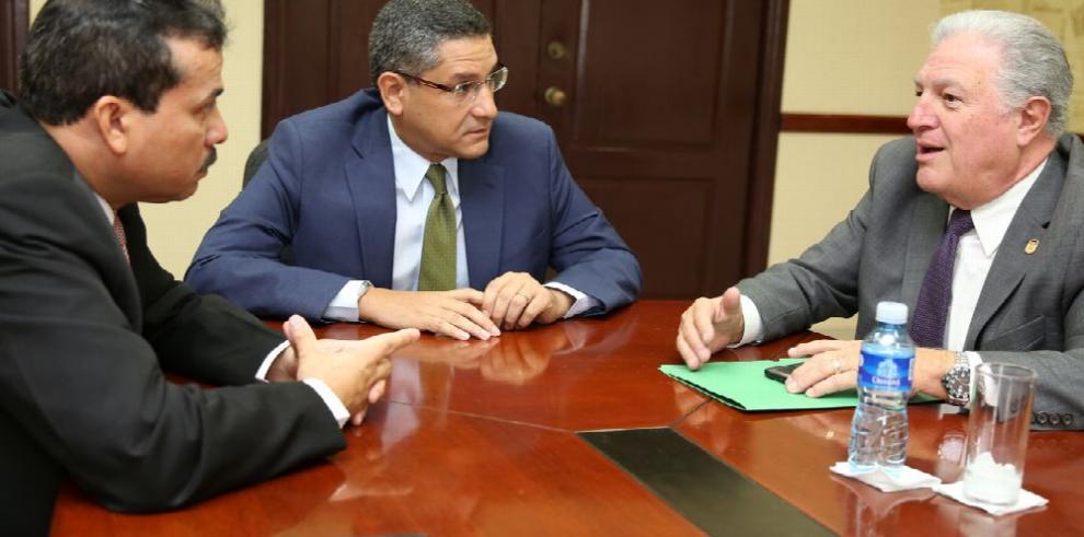 Ministro Carles comunicará preocupación de Gese