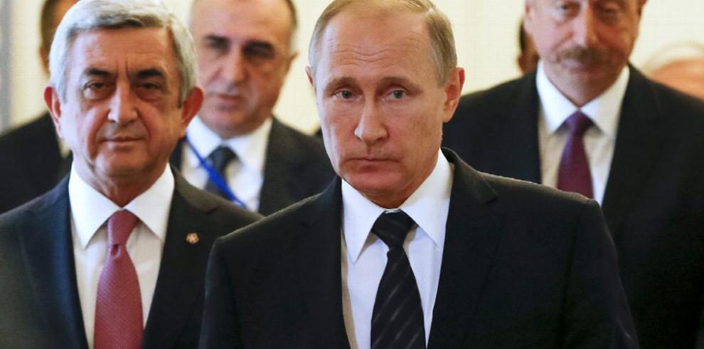 La UE prolonga sanciones a Rusia por seis meses