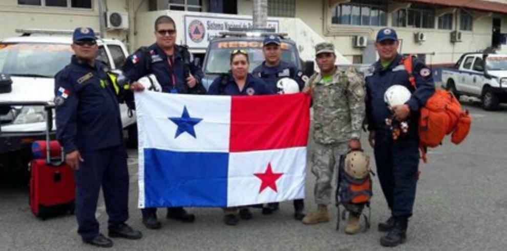Panamá envía grupo deseis especialistas a Ecuador