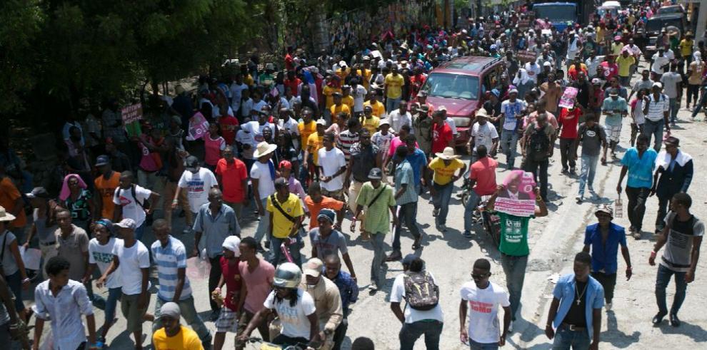 Haití suspende por tercera vez comicios presidenciales