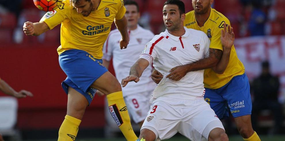 El Sevilla gana a Las Palmas, pizarra 2-1