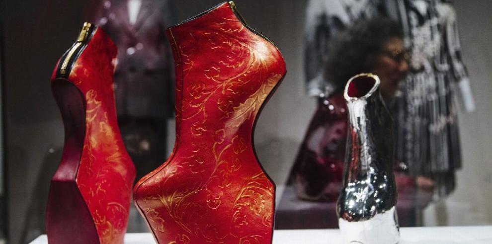 Setenta años de moda se exponen en el Met
