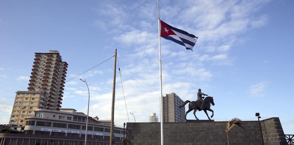 Pueblo cubano llora la muerte de Fidel Castro