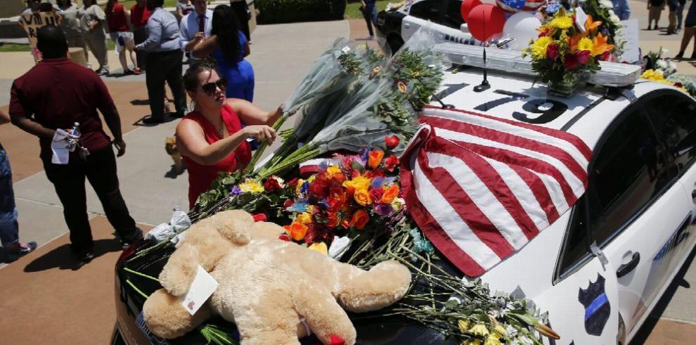 EE.UU., de luto tras la matanza de policías en Dallas, Texas