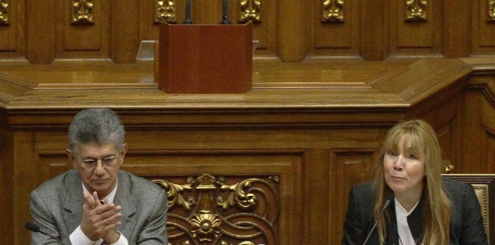 Oposición, dispuesta a negociar con gobierno de Maduro