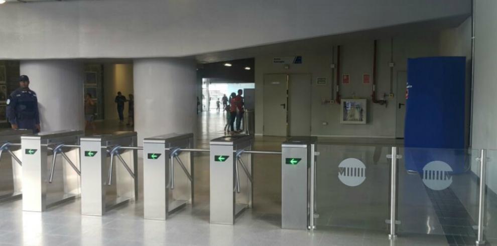 Estaciones del Metro contarán con cajeros automáticos
