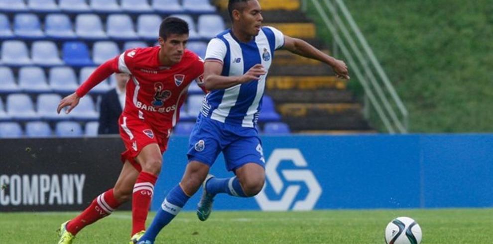 Díaz llega a los 10 goles con el Porto B