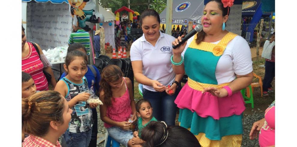 Pequeños del interior del país disfrutan del 'Día del Niño'