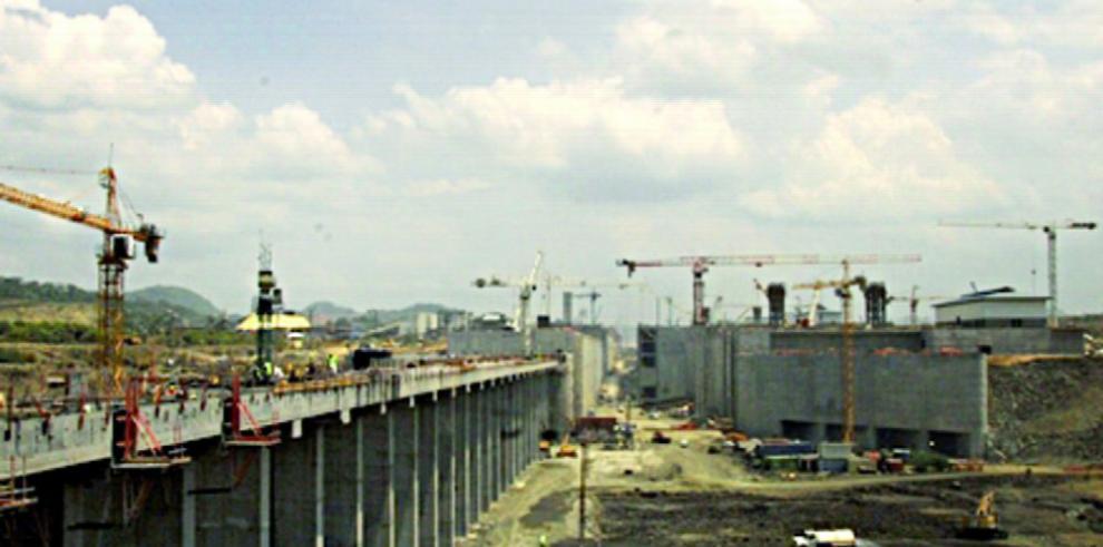 $92 millones en cemento para la ampliación