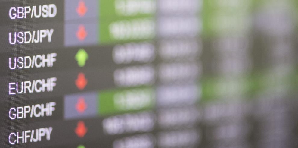 Wall Street abre con pérdidas y Dow Jones cae 2,28 % tras