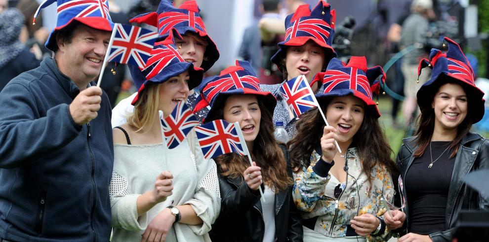 Sugieren a Reino Unido abandonar Europa de forma ordenada
