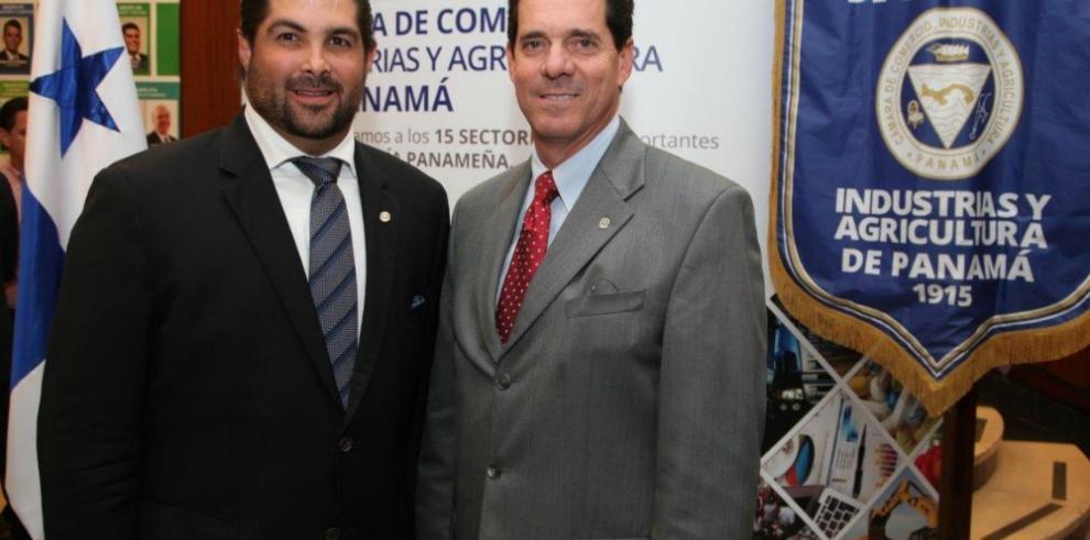 Jorge García Icaza electo nuevo presidente de la CCIAP