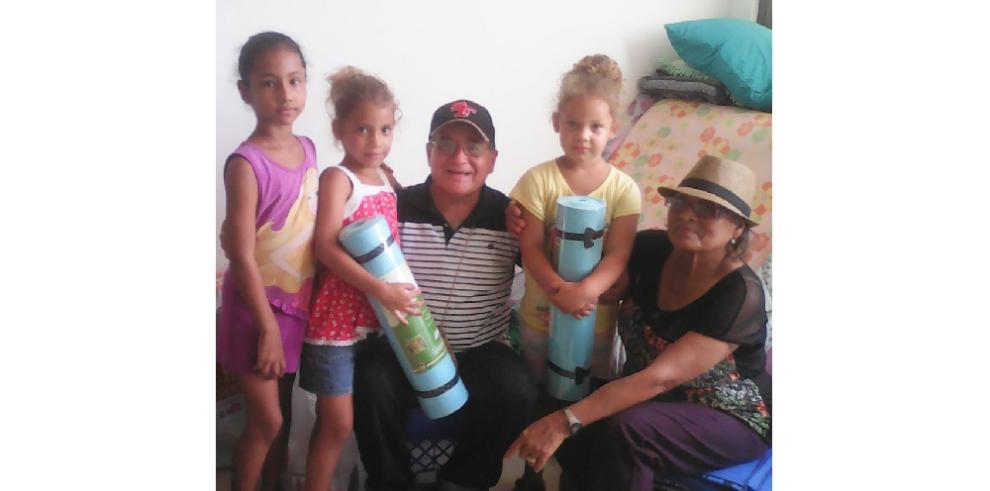 Más cubanos se aglomeran en Paso Canoas