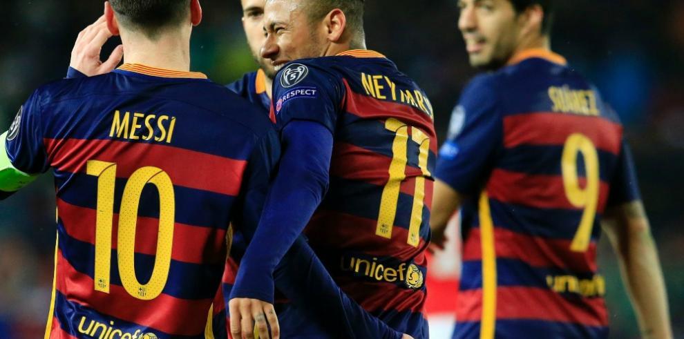 Neymar, Suárez y Messi meten al Barcelona en cuartos de la Champions