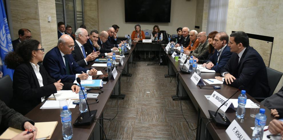 kurdos celebran una reunión para declarar un sistema federal en Siria