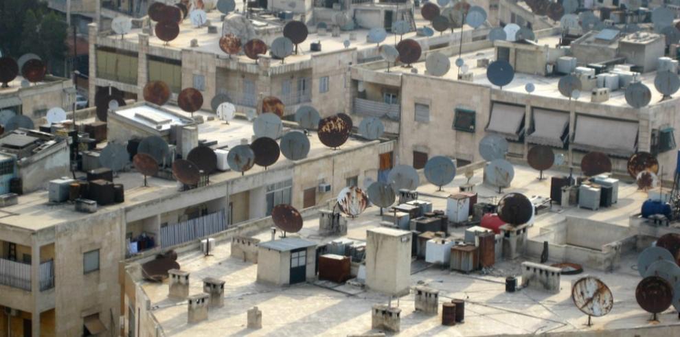 EI castiga con 50 latigazos a quienes tengan antena parabólica en Siria